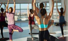 Trening na siłowni czy ćwiczenia fitness? Plusy i minusy